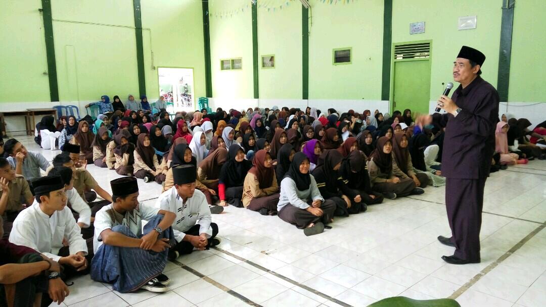 SMAN 9 Bandar Lampung Gelar Smalan Islamic Day VII