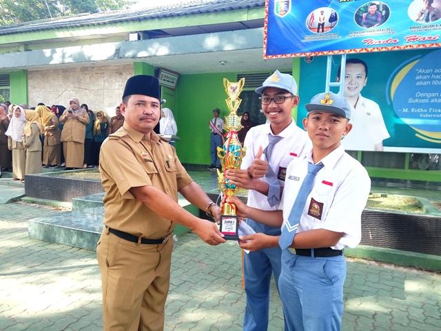 SMAN 9 Juara Lomba Debat Kebangsaan