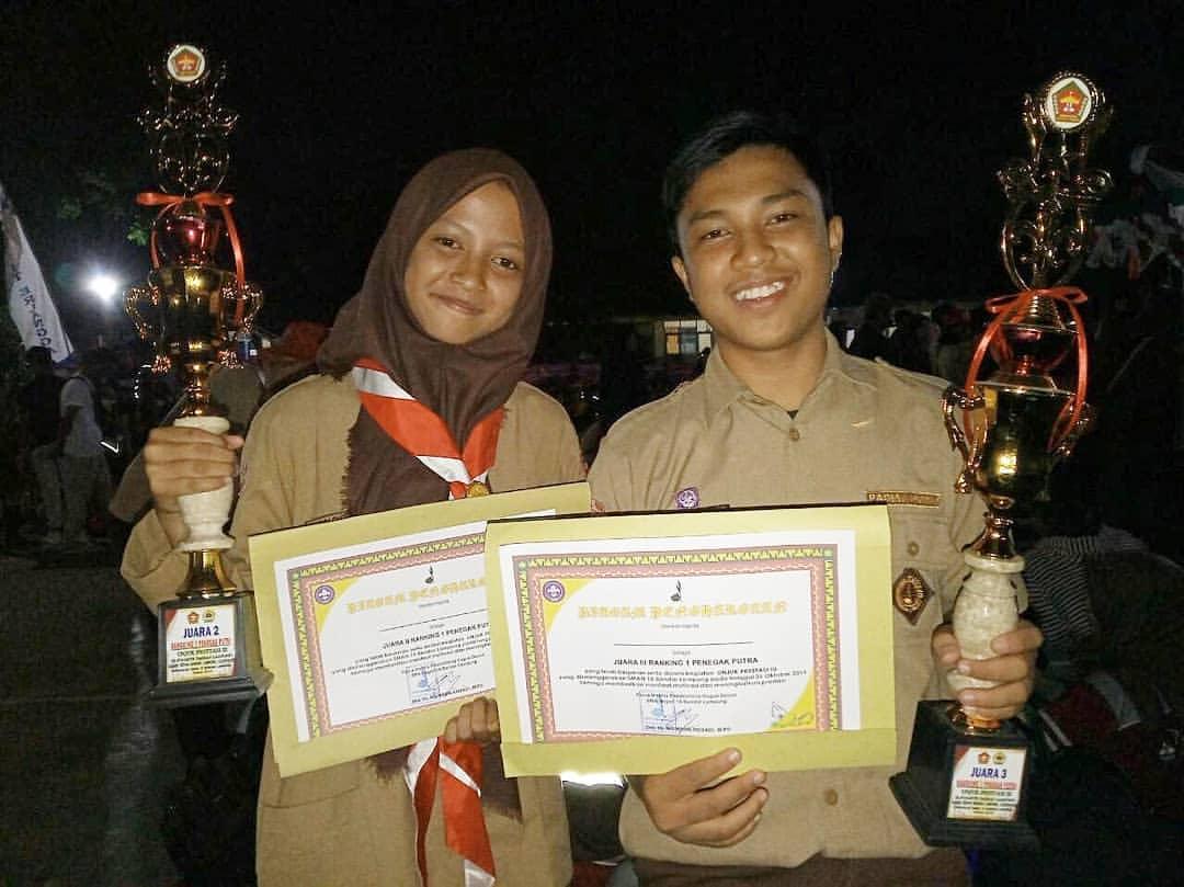 Extrakurikuler Pramuka SMA NEGERI 9 BANDAR LAMPUNG meraih prestasi Lomba Unjuk Prestasi III di SMA Negeri 15 Bandar Lampung