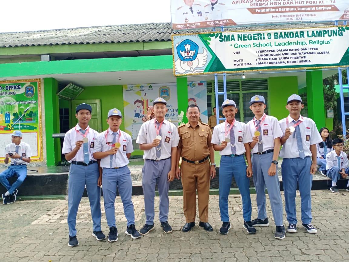 Siswa & Siswi SMAN 9 Bandar Lampung meraih juara pada Kejuaran Silat LAMPUNG BERJAYA OPEN 2019